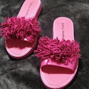 Dirty Laundry Pink Puff Plastic Sandals Size 6